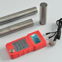 UM6700 Ultrasonic Thickness Gauge